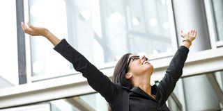 O-WOMAN-FINANCIAL-FREEDOM-facebook